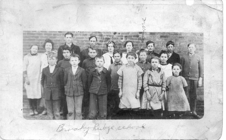 Brushy Ridge School ca 1911-1915
